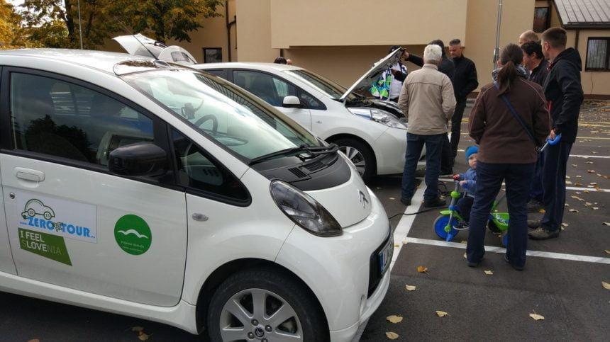 DEMS pomaga tlakovati pot e-mobilnosti v Ilirski Bistrici