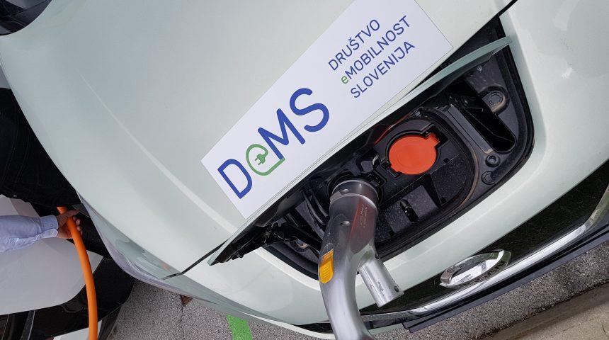 Preverjanje 60 polnilnih postaj za električna vozila