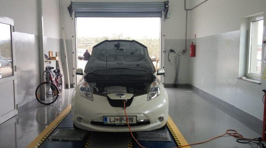 Z električnim vozilom od Ljubljane do Krka