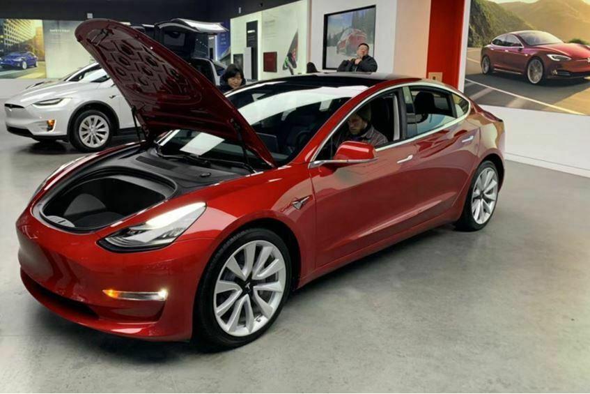 Tesla_07