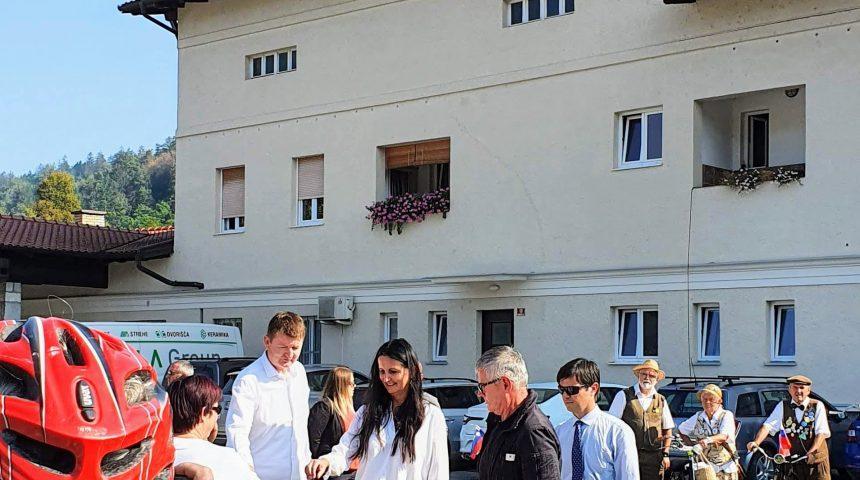 DeMS v Borovnici na otvoritvi P+R