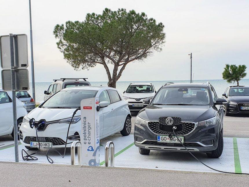 Električni vozili MG ZS EV in ZOE ZE50